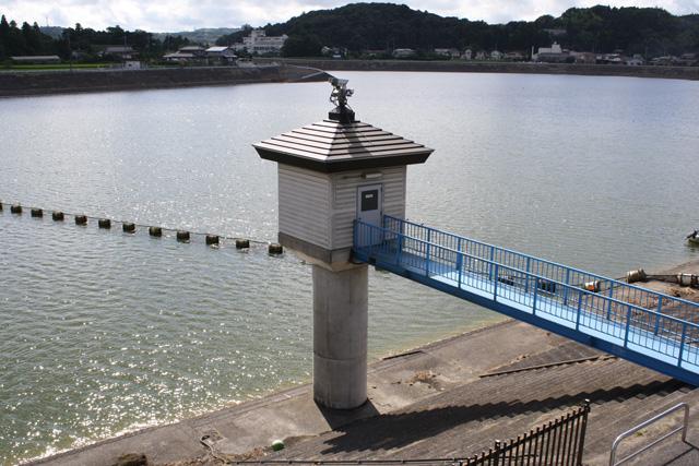 高滝 ダム 水位